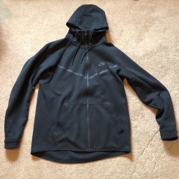 0a225a56224d Nike Tech Fleece Full Zip Windrunner Jacket. M 5b8050f05bbb802666c83b8b